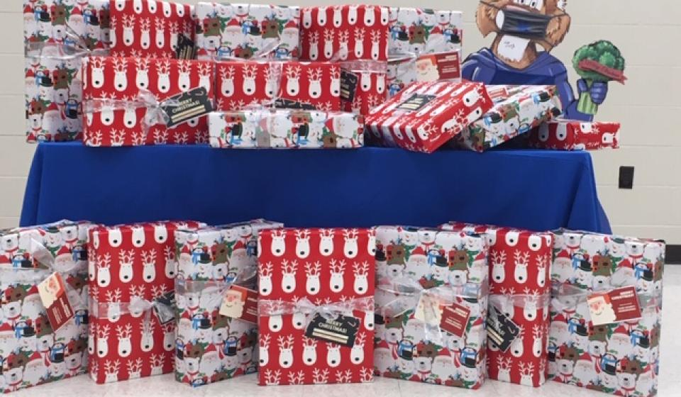 Todd County Homemakers provided blankets to the Health Department for HANDS families